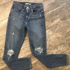 Levi's 721 high rise skinny jeans, size 27